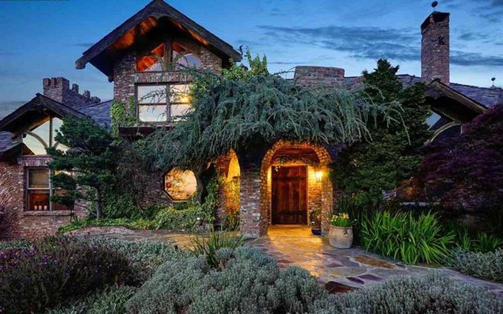 A home for sale in Alamo, CA