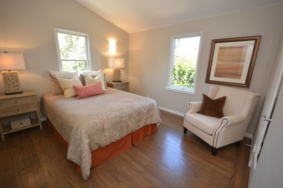 FixItUpAndSell Renovation Bedroom